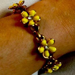 Jewelry - Yellow 💛 Daisy 💐 Bracelet